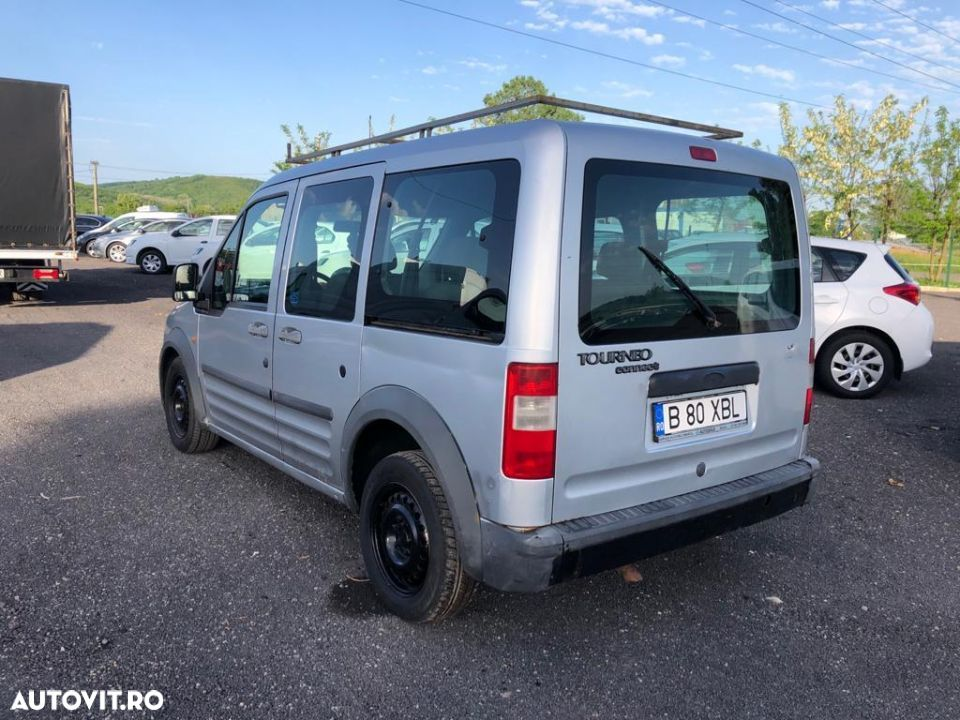 Ford Courier - 3