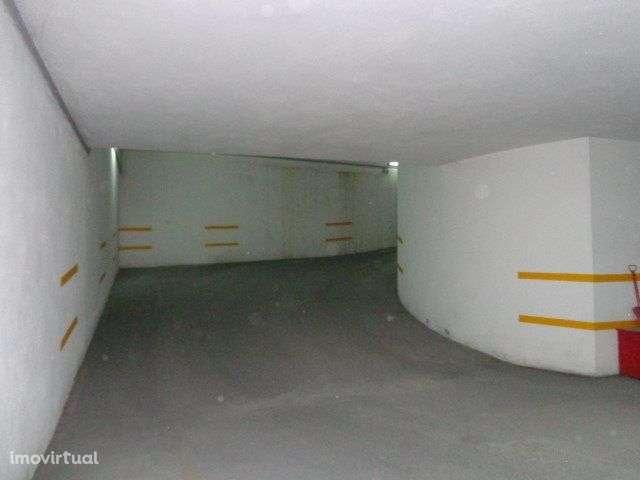 Garagem para comprar, Armação de Pêra, Silves, Faro - Foto 4