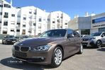 BMW 320 Touring Luxury Auto - 2