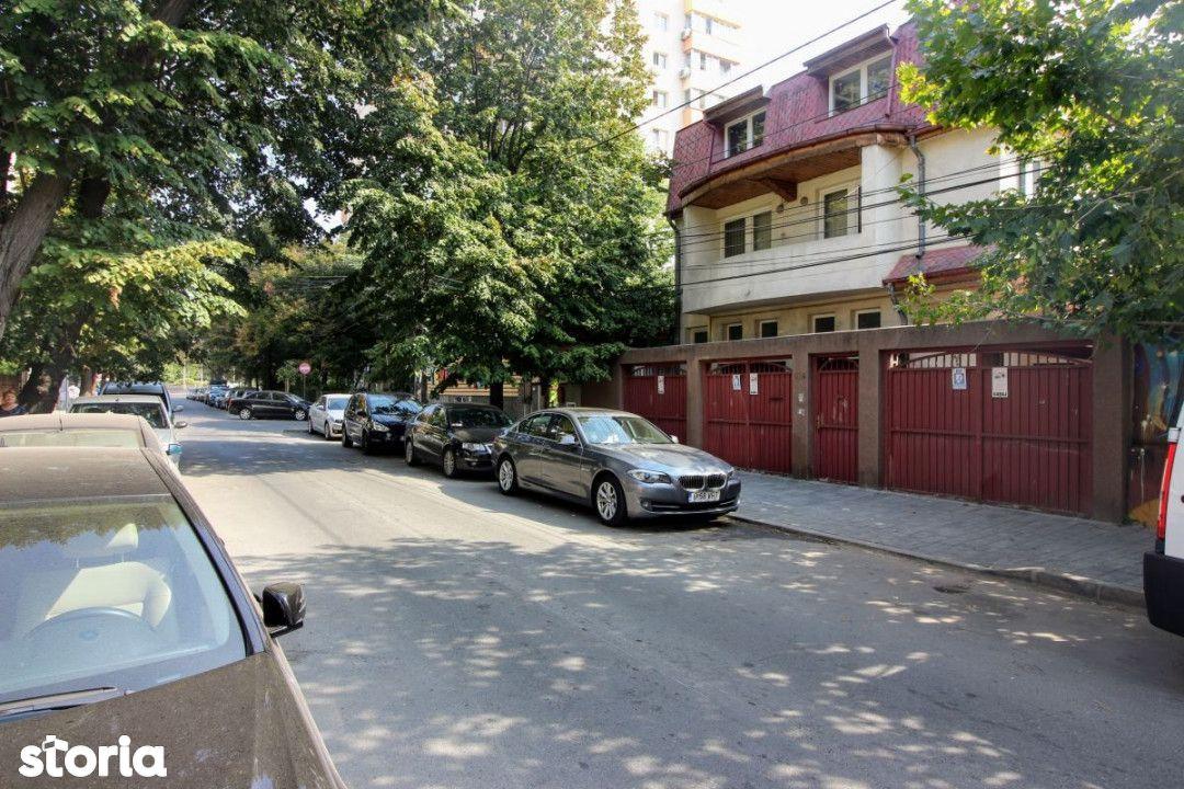 Mosilor - Obor, imobil 3 apartamente, curte, garaj, ideal locuinta / b