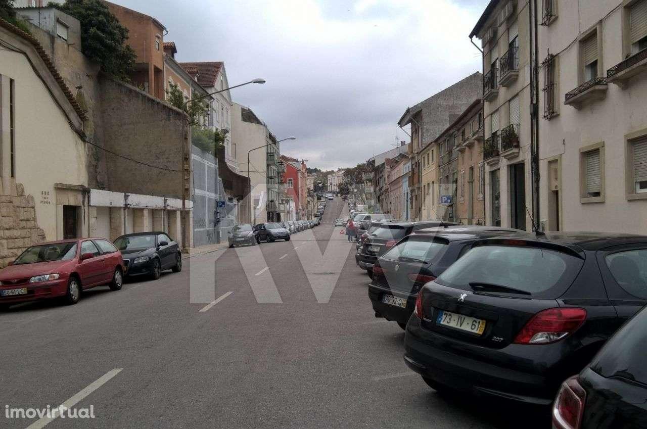 Prédio para comprar, Coimbra (Sé Nova, Santa Cruz, Almedina e São Bartolomeu), Coimbra - Foto 8