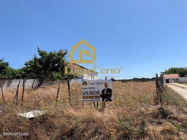 Terreno de 4500m2 possibilidade construção de condomínio perto Meco