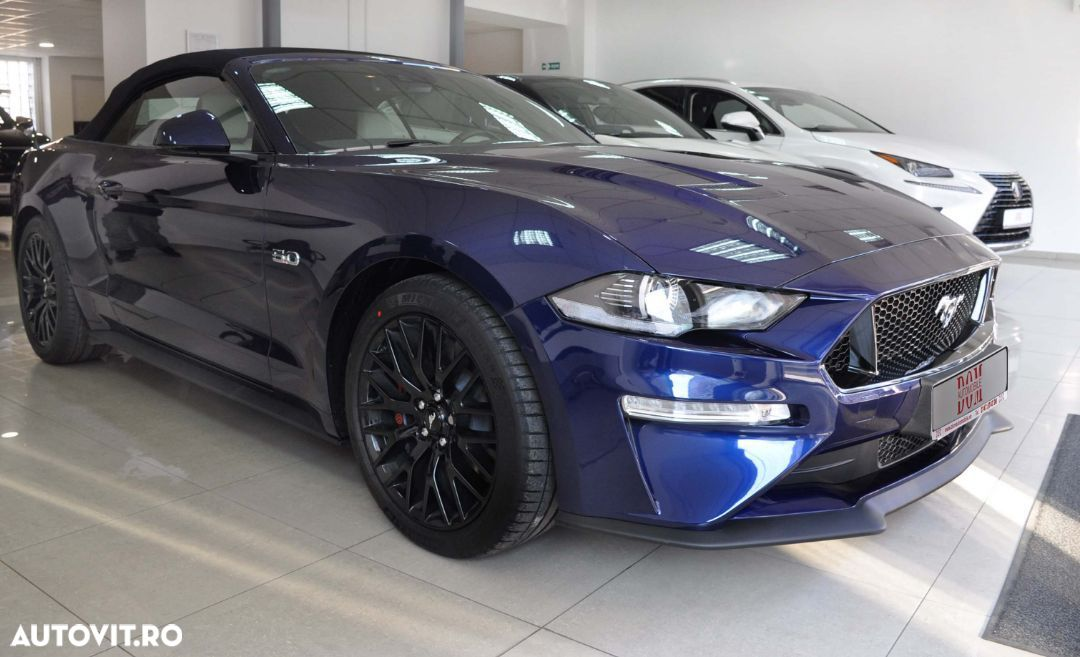 Ford Mustang - 18