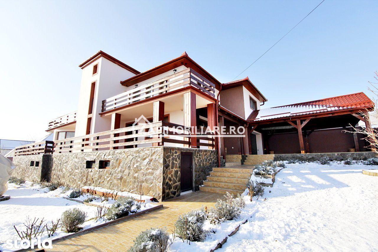 Casa superba, 240 mp utili, 800 mp teren, Santana de Mures