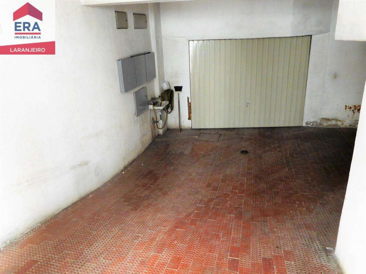 Garagem para comprar, Laranjeiro e Feijó, Setúbal - Foto 1