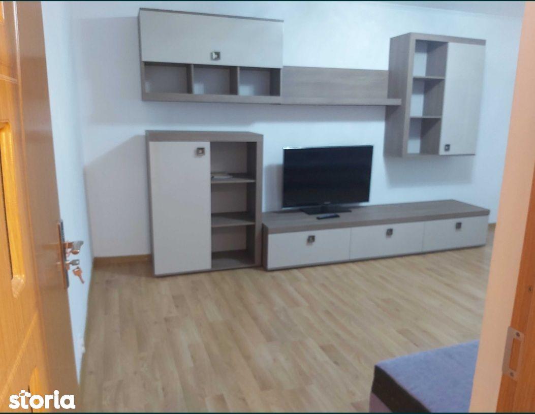Apartament 3 camere cf 1 decomandat zona Unirii Sud