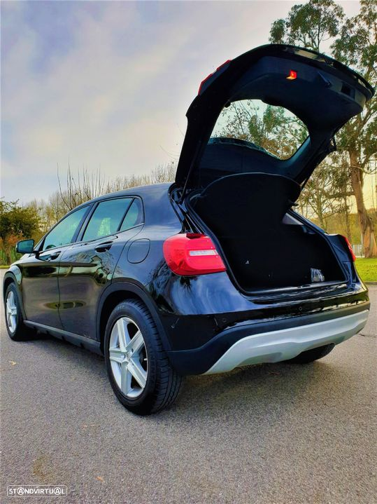 Mercedes-Benz GLA 220 CDi Urban - 9