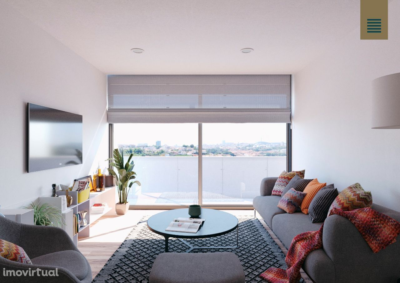 Apartamento T2 com Varanda em Vila Nova de Gaia
