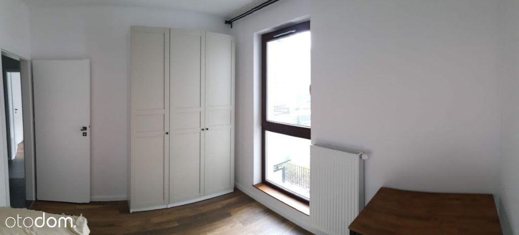 Ładny przestronny pokój - nowy (1200zł/wszystko)