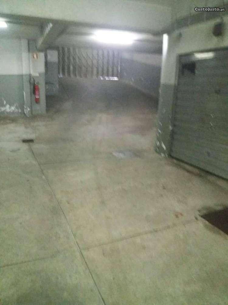 Garagem para comprar, Mafamude e Vilar do Paraíso, Porto - Foto 4
