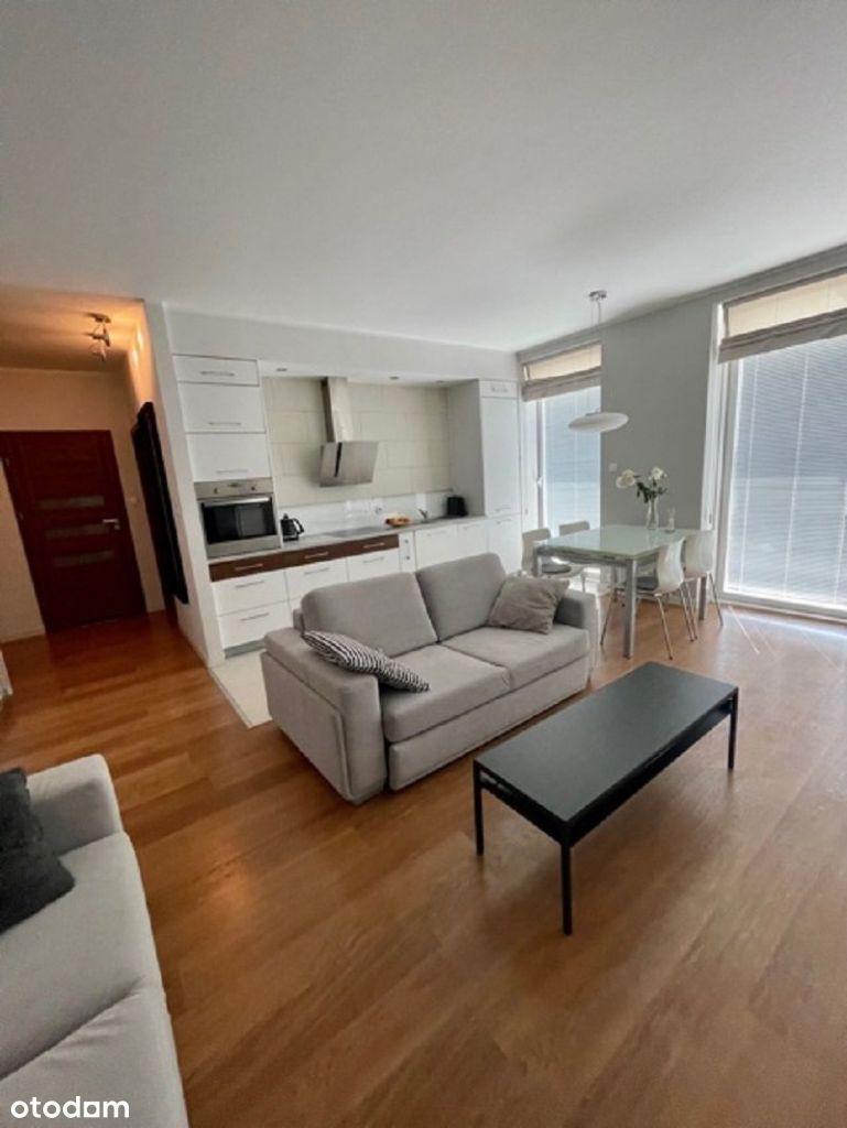 Komfortowe mieszkanie w Centrum z garażem