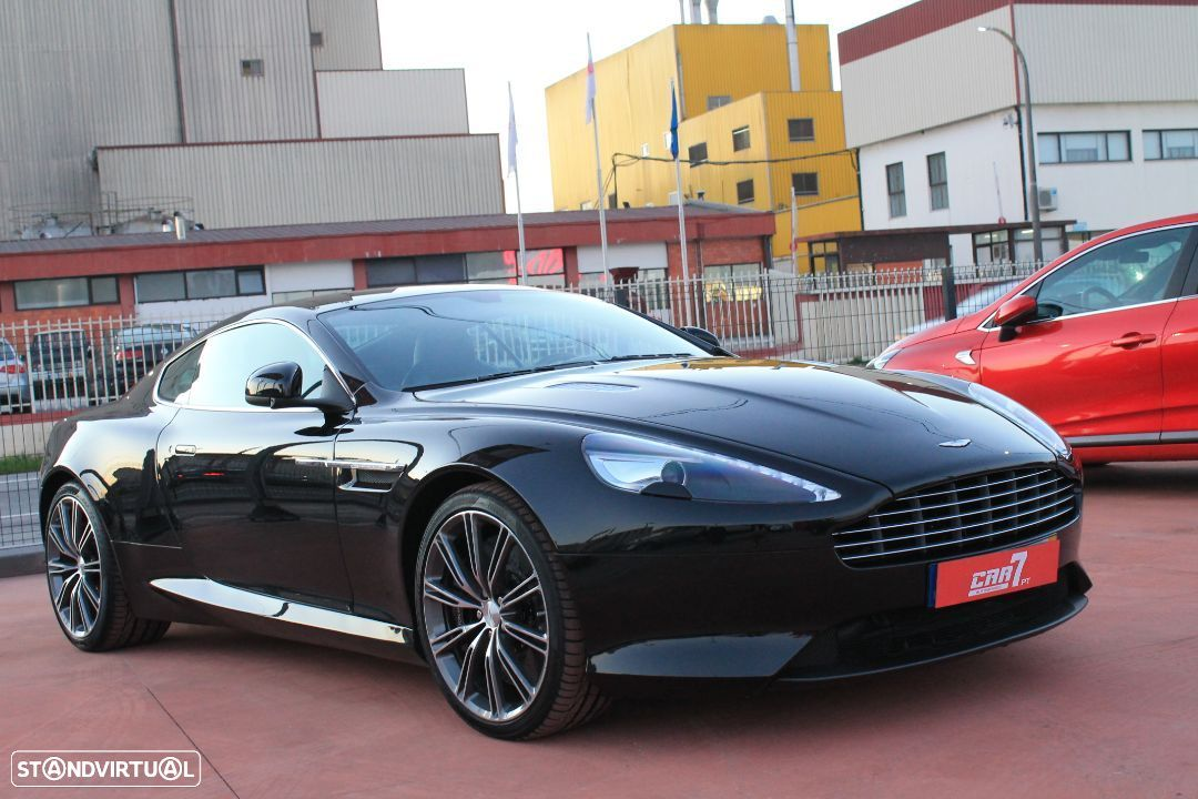 Aston Martin DB9 Coupe - 5