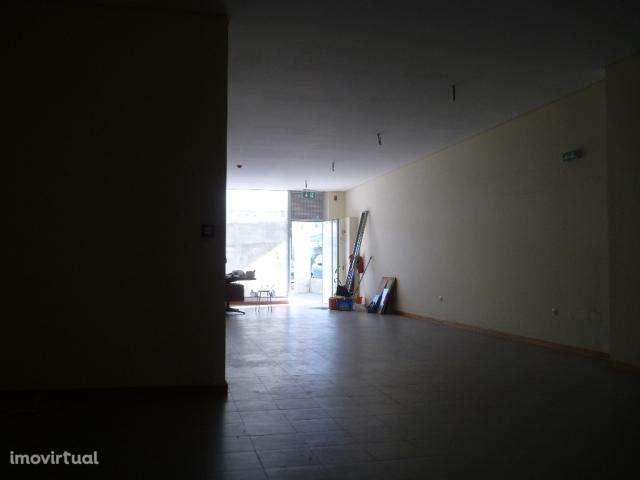 Loja para comprar, Oliveira do Douro, Vila Nova de Gaia, Porto - Foto 3