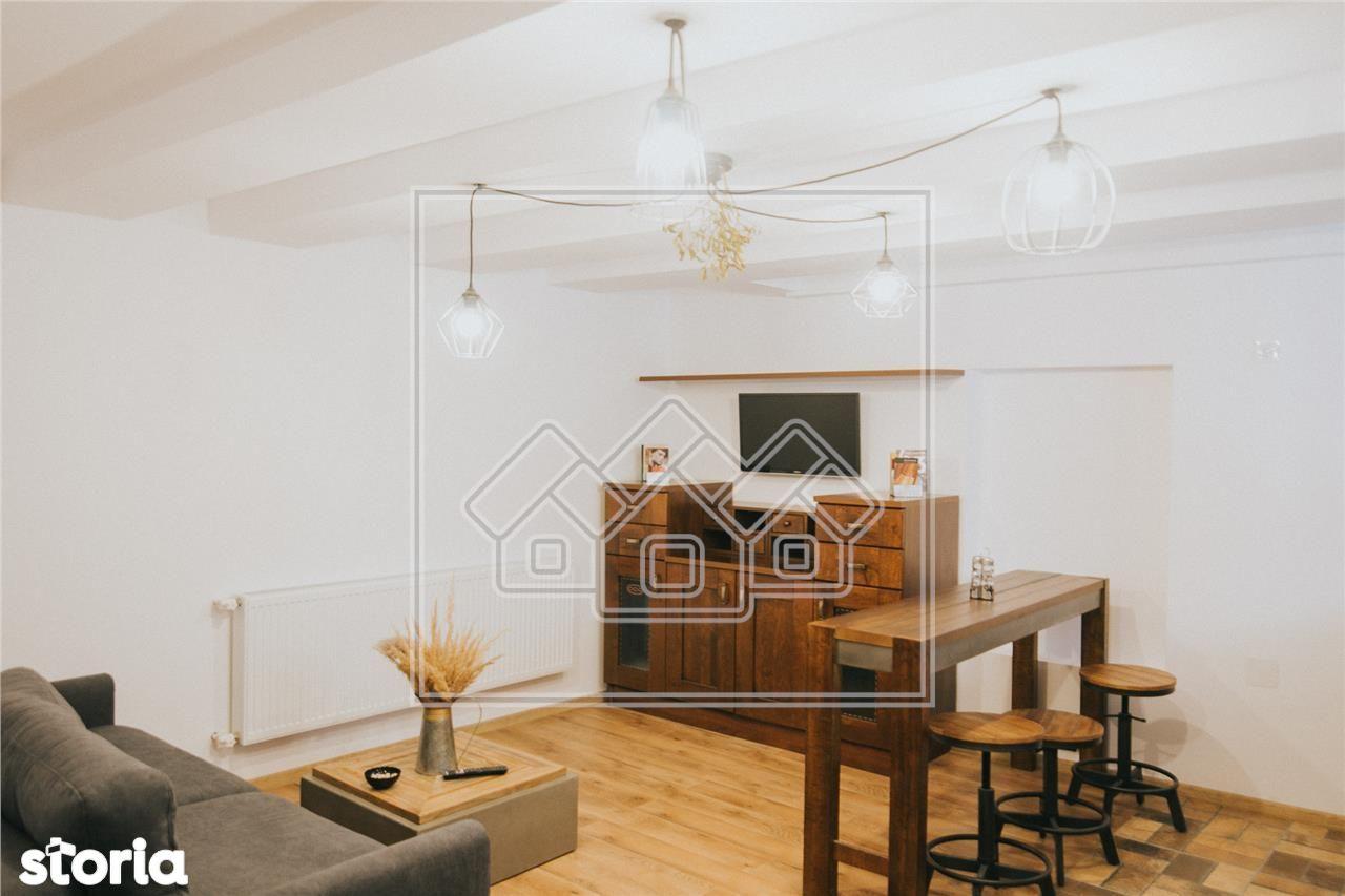 Ap. cu 2 camere confort lux, cu utilitati incluse, Zona Centrala