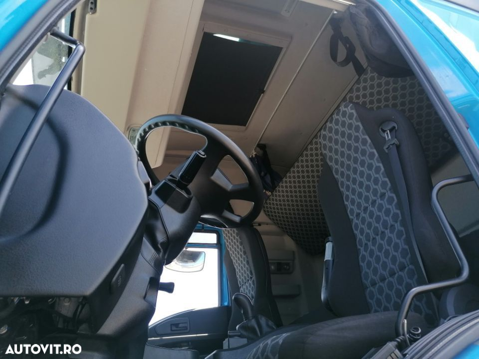 Ford Cargo - 7