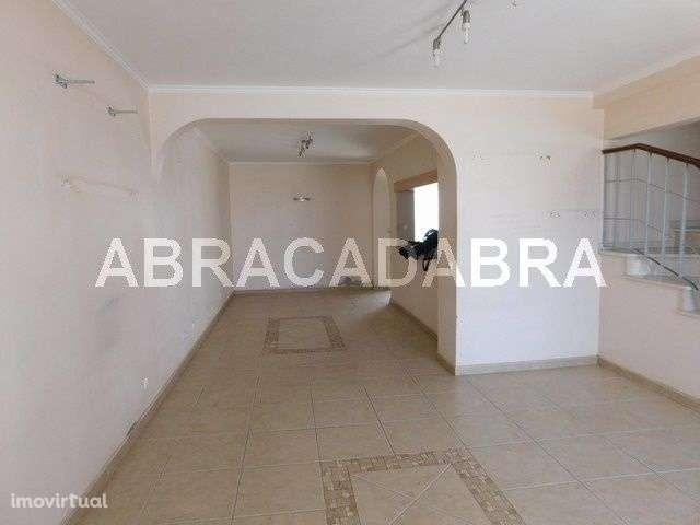 Moradia para comprar, Estômbar e Parchal, Faro - Foto 4