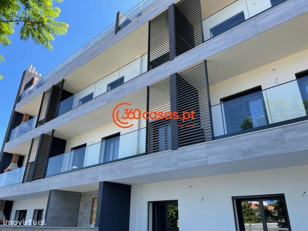 Apartamento T3 novo com garagem e arrecadação nas Gambelas, Faro