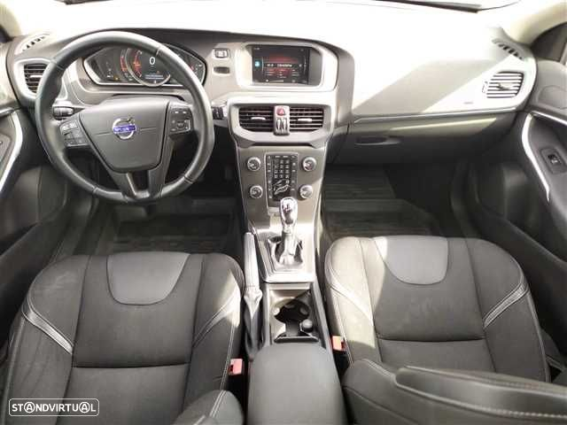 Volvo V40 2.0 D2 Kinetic Geartronic - 8