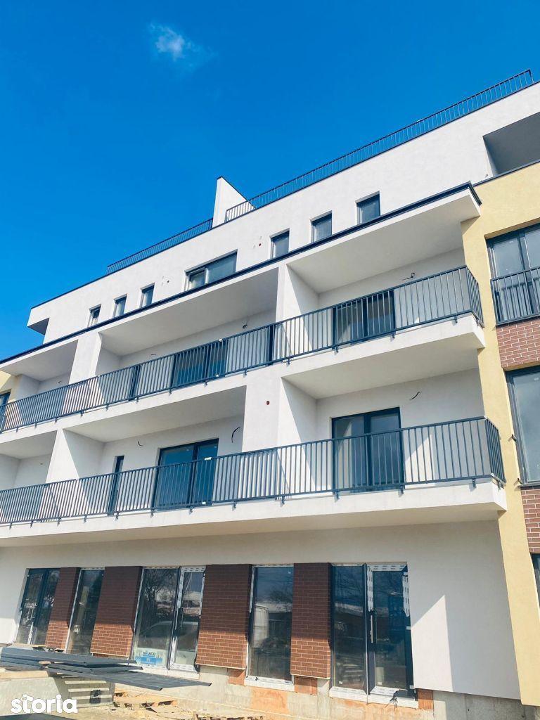 Apartament 3 camere , spatios, terasa , parcare , Stefan Cel Mare