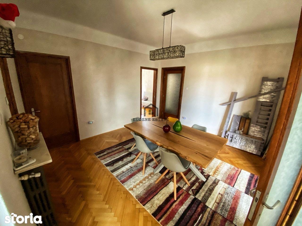 Apartament 4 camere + una retrasa Zona Piata Romana