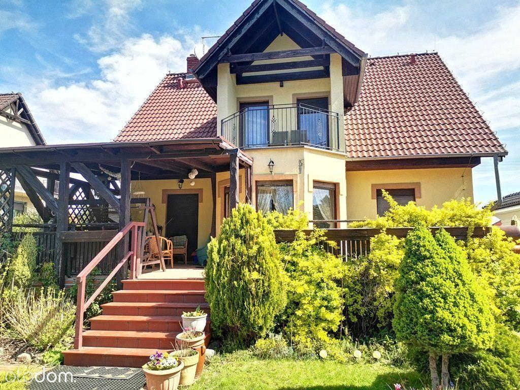 Komfortowy dom w atrakcyjnej lokalizacji