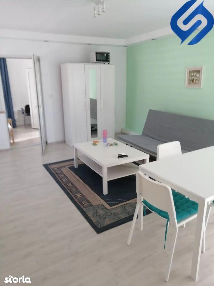 3 camere semidecomandate+ balcon deschis- Platinia, Semicentral