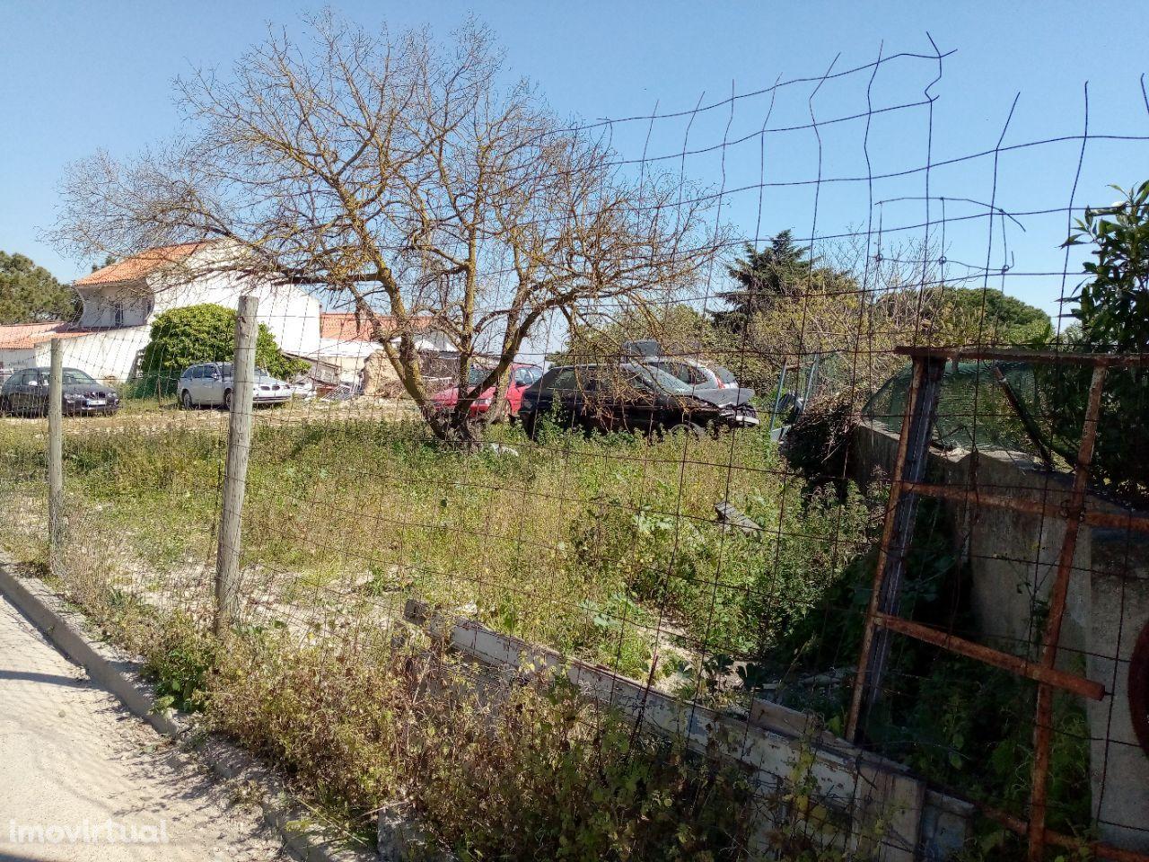 Terreno Urbano Vale Milhaços - Corroios
