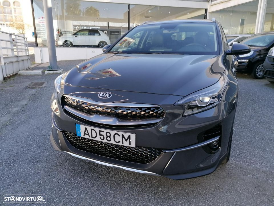 Kia XCeed 1.6 GDi PHEV First Edition - 17