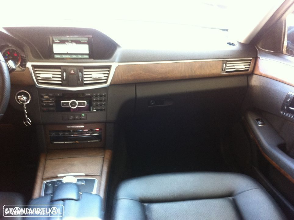Mercedes-Benz E 250 CDi Avantgarde BE Auto. - 23