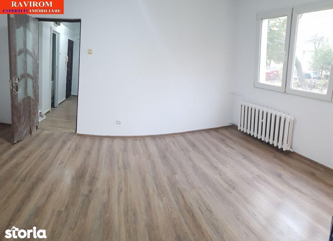 Apartament doua camere, nemobilat, parter, renovat, pe 9 Mai