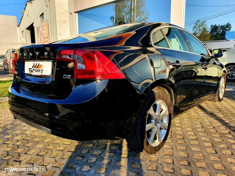 Volvo S60 2.0 D2 Momentum Geartronic - 2