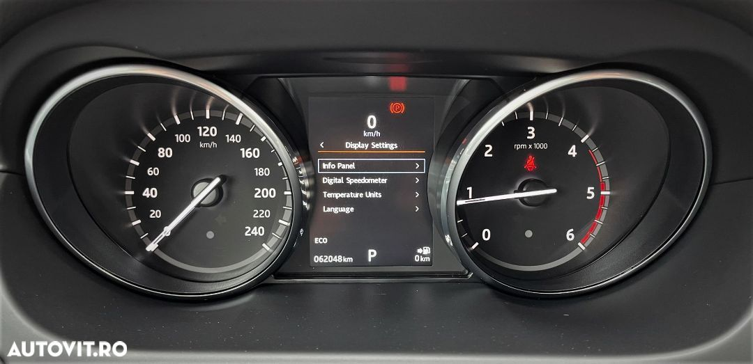 Land Rover Discovery Sport 2.0 - 29