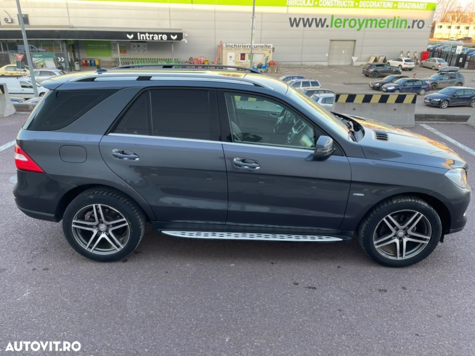 Mercedes-Benz ML 350 - 35