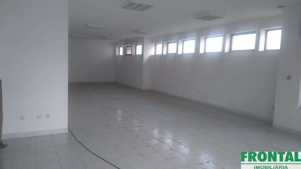 Loja para arrendar, Nogueira e Silva Escura, Porto - Foto 3