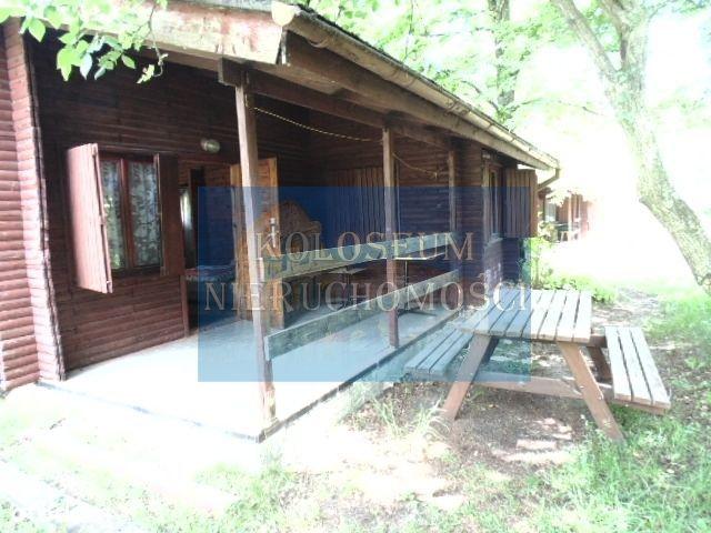 Atrakcyjny ośrodek wypoczynkowy nad jeziorem w Łub