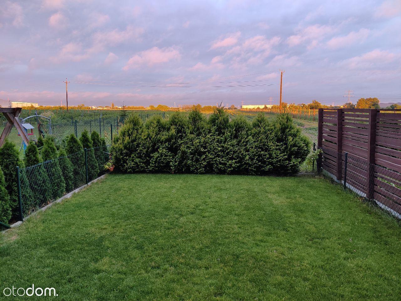 Dom w zabudowie z GARAŻEM, ogrodem PLEWISKA