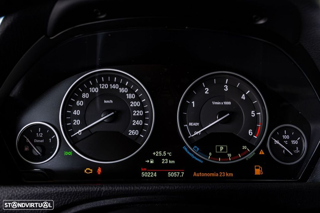 BMW 318 d Touring Ultimate Auto - 16