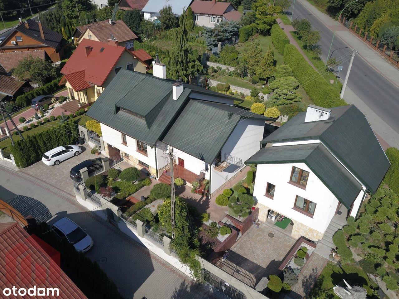 Na sprzedaż 2 budynki mieszkalny i usługowy w ścis
