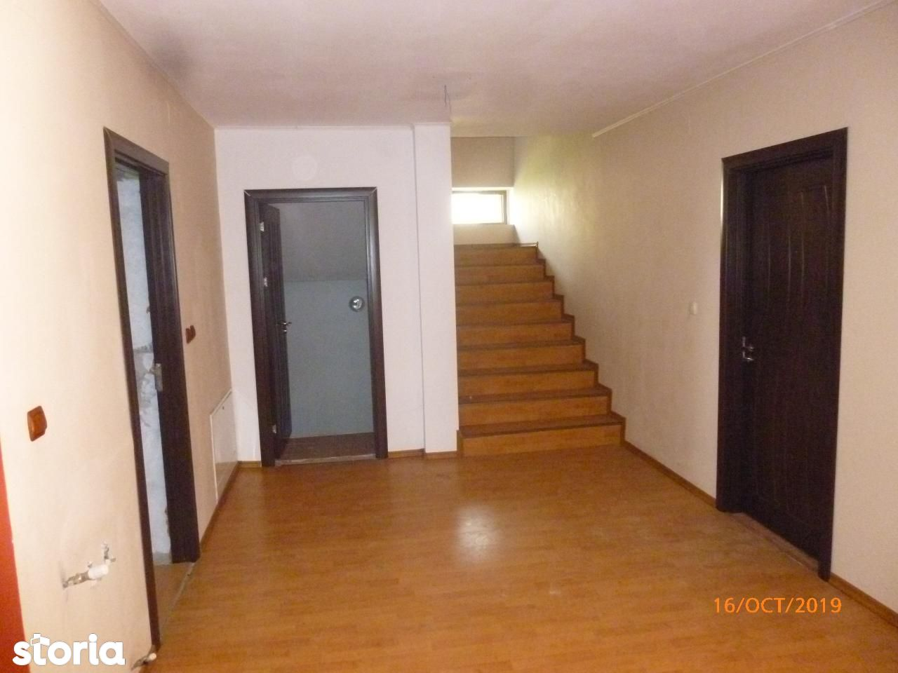 R01621 Casa cu teren AI Cuza Onesti (fara comision)