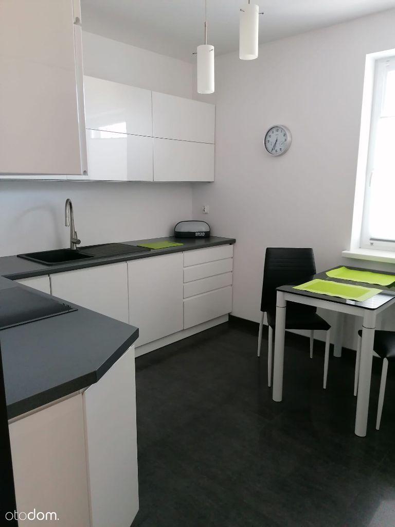 2 pokoje + kuchnia, 52m2, garaż, Białołęka (Żerań)
