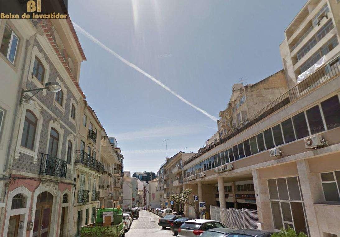 Prédio para comprar, Avenidas Novas, Lisboa - Foto 1