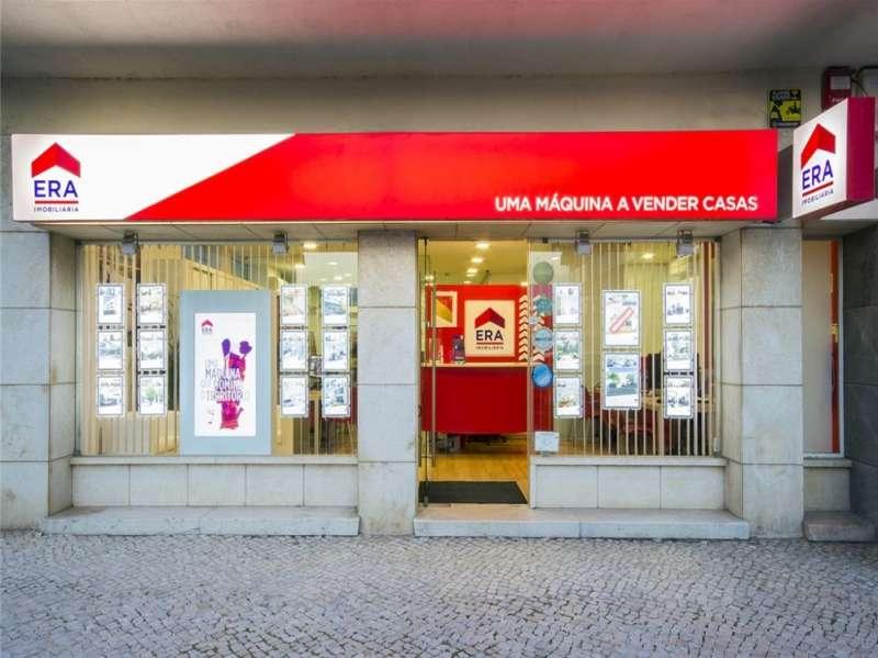 Agência Imobiliária: ERA Carcavelos/Parede