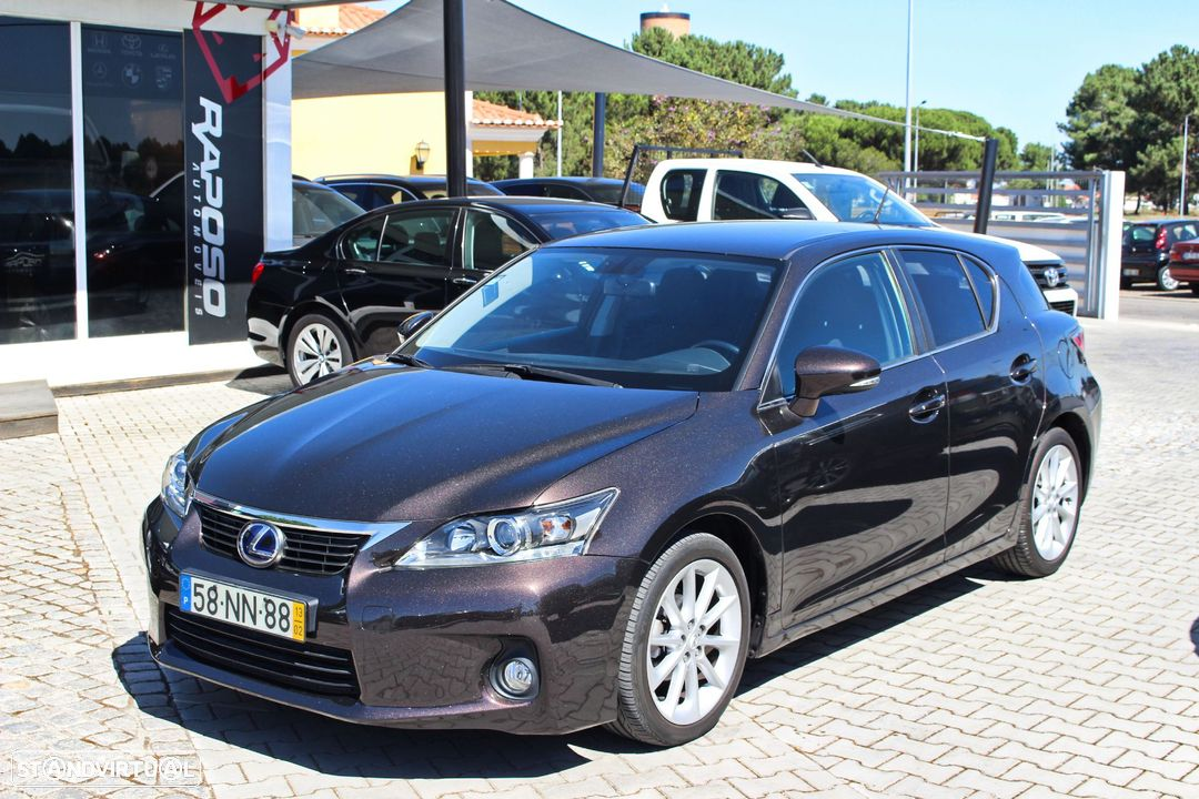 Lexus CT 200h P.Dynamic - 1