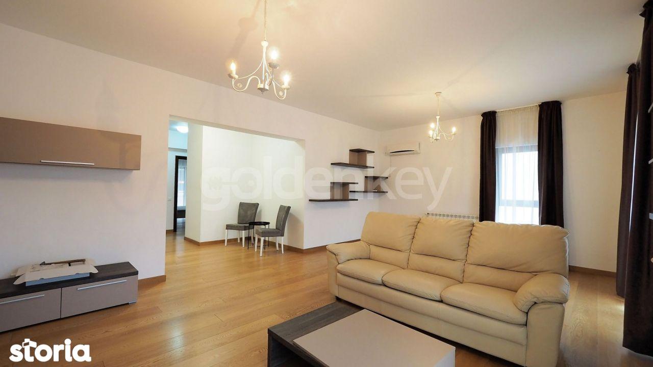 Apartament cu 3 camere, mobilat modern, 20mp terase, curte