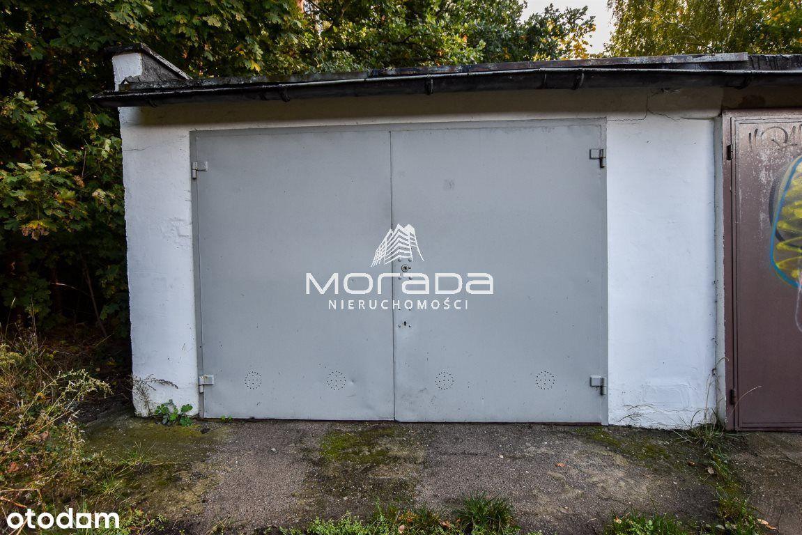 Garaż Na Osiedlu Braniborskim