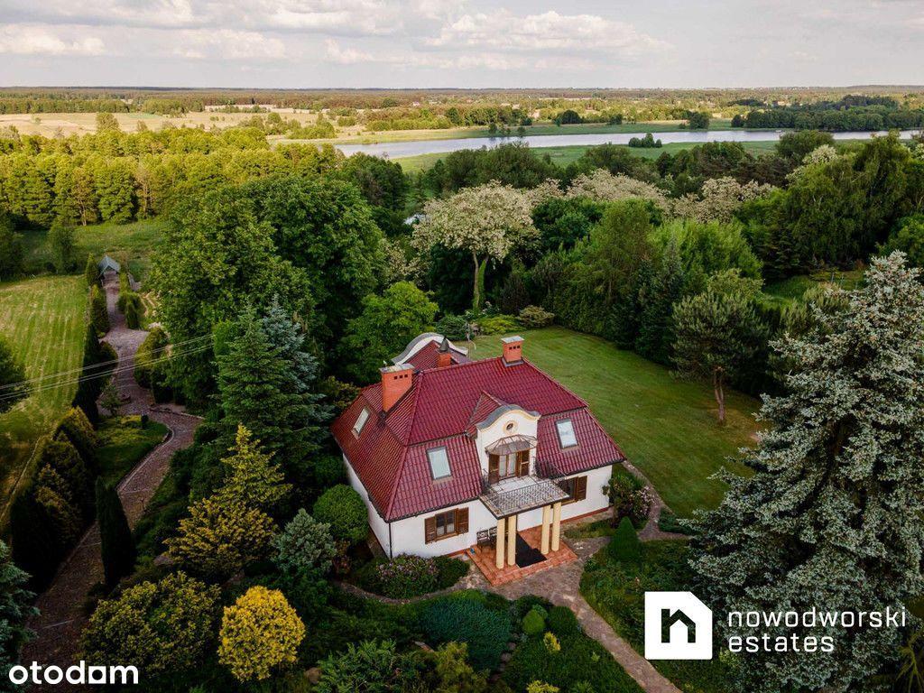 Dom z przepięknym ogrodem i dostępem do rzeki