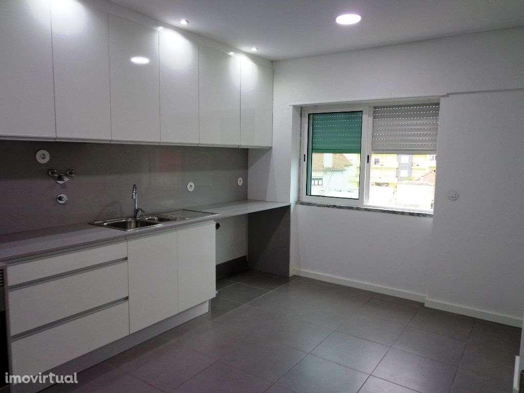 Apartamento para comprar, Avenida Infante Dom Henrique, São Sebastião - Foto 2