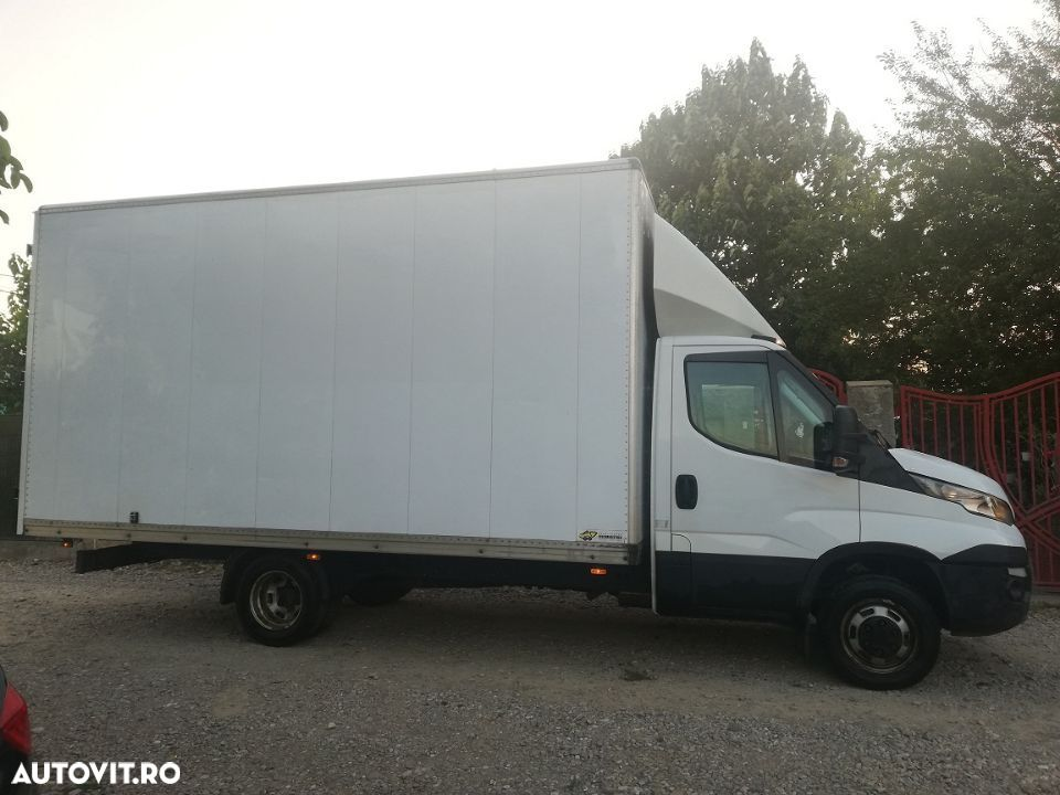 Iveco Daily 35-150 finantare leasing carnet services  4.8 m lungime  3000 cmc an oct 2015 - 7