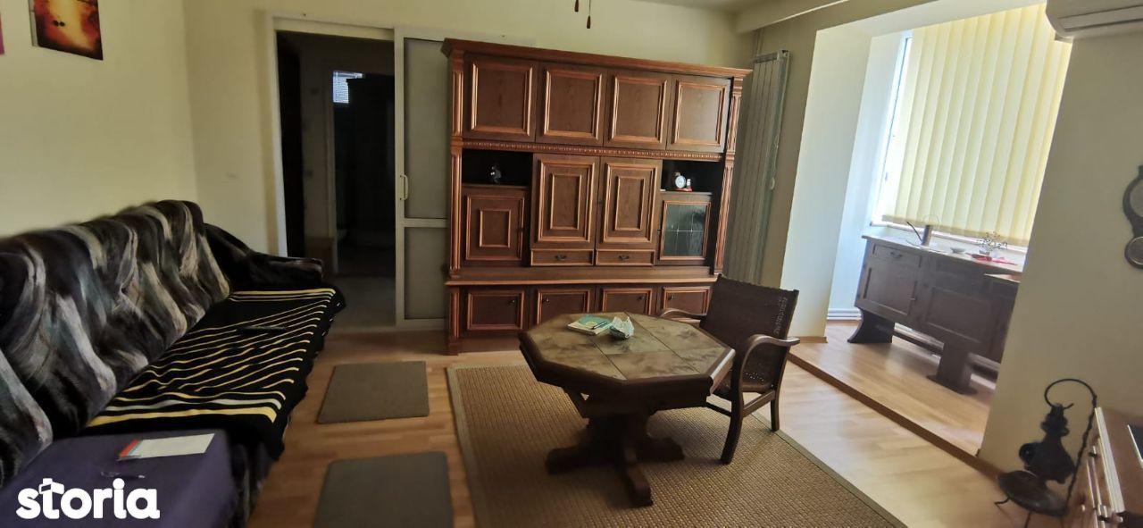 Apartament 2 camere etaj 2 zona I.Traian