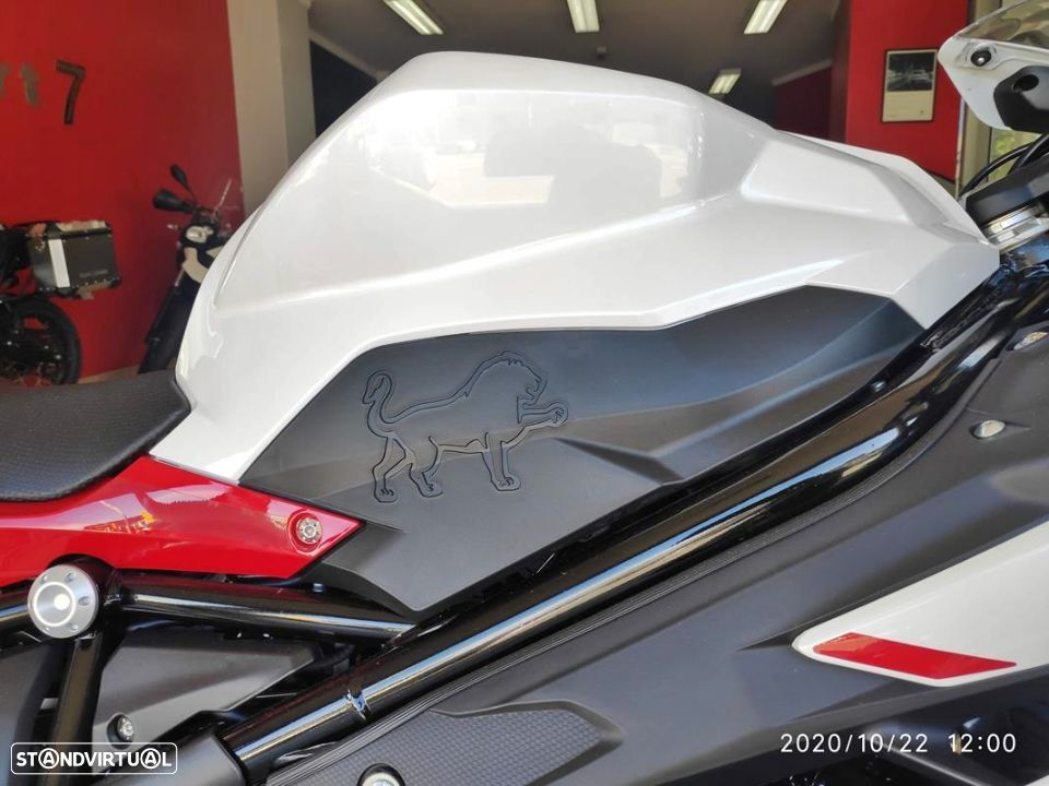 Benelli BN  302R ABS - 7